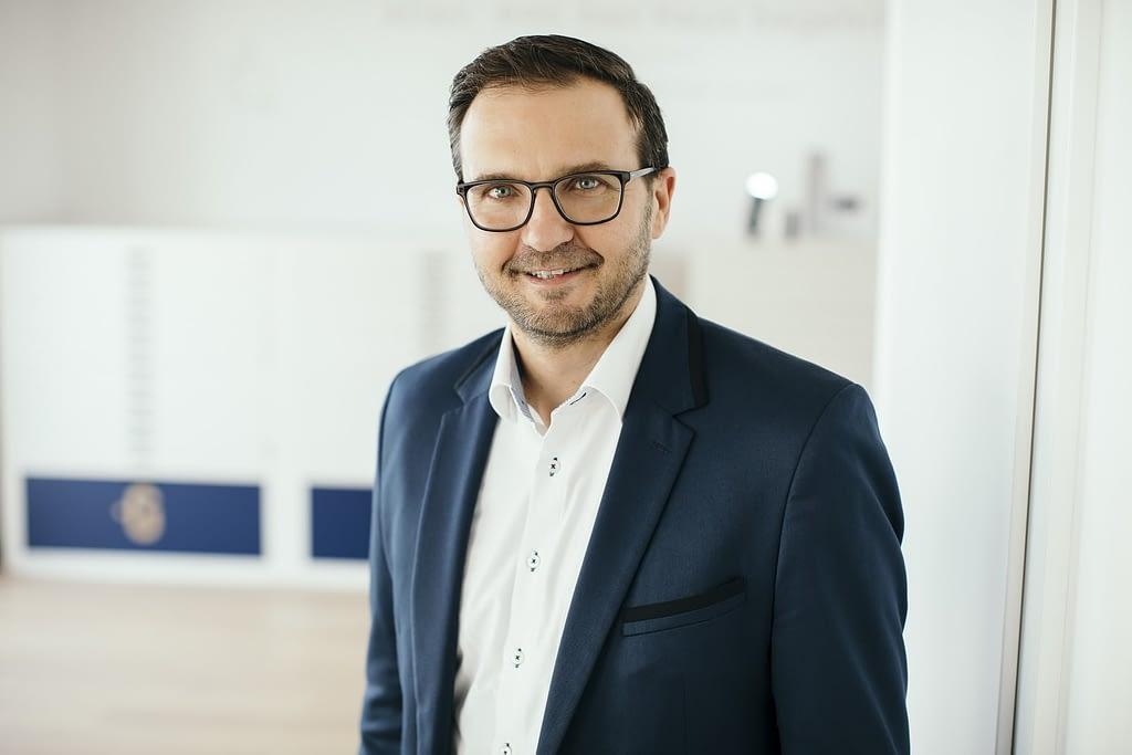 Björn Lipski Glorit Bausysteme Brandification Interview